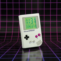 Nintendo Game Boy Wecker